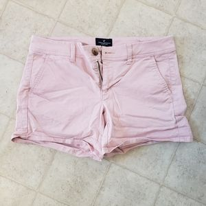 Woman's shorts size 4 American eagle pink